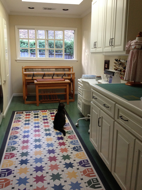 House n Star Floorcloth